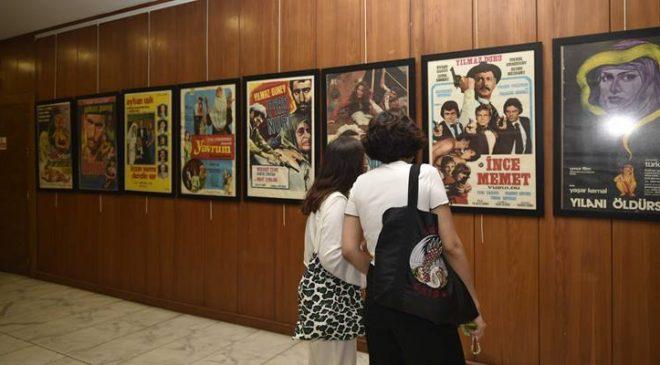 Çukurova'dan Beyazperdeye Sinema Afişleri Sergisi