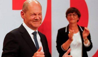 Almanya'da SPD başarısı…